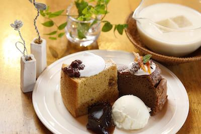 旬の食材を使用した、季節のケーキの盛り合わせ(写真は、イメージです。)