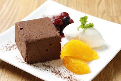 大人気チョコレートテリーヌ(669円)、1日8食限定です。