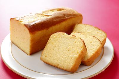 「匠のブランデーケーキ」はほのかに香るブランデーとしっとりとした生地が自慢。