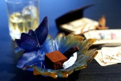 お酒にピッタリ♪チョコレートてら山のオランジェット・生チョコ。