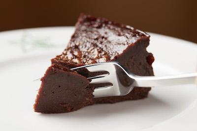まるで生チョコ!しっとりした口当たりがたまらないガトーショコラ。